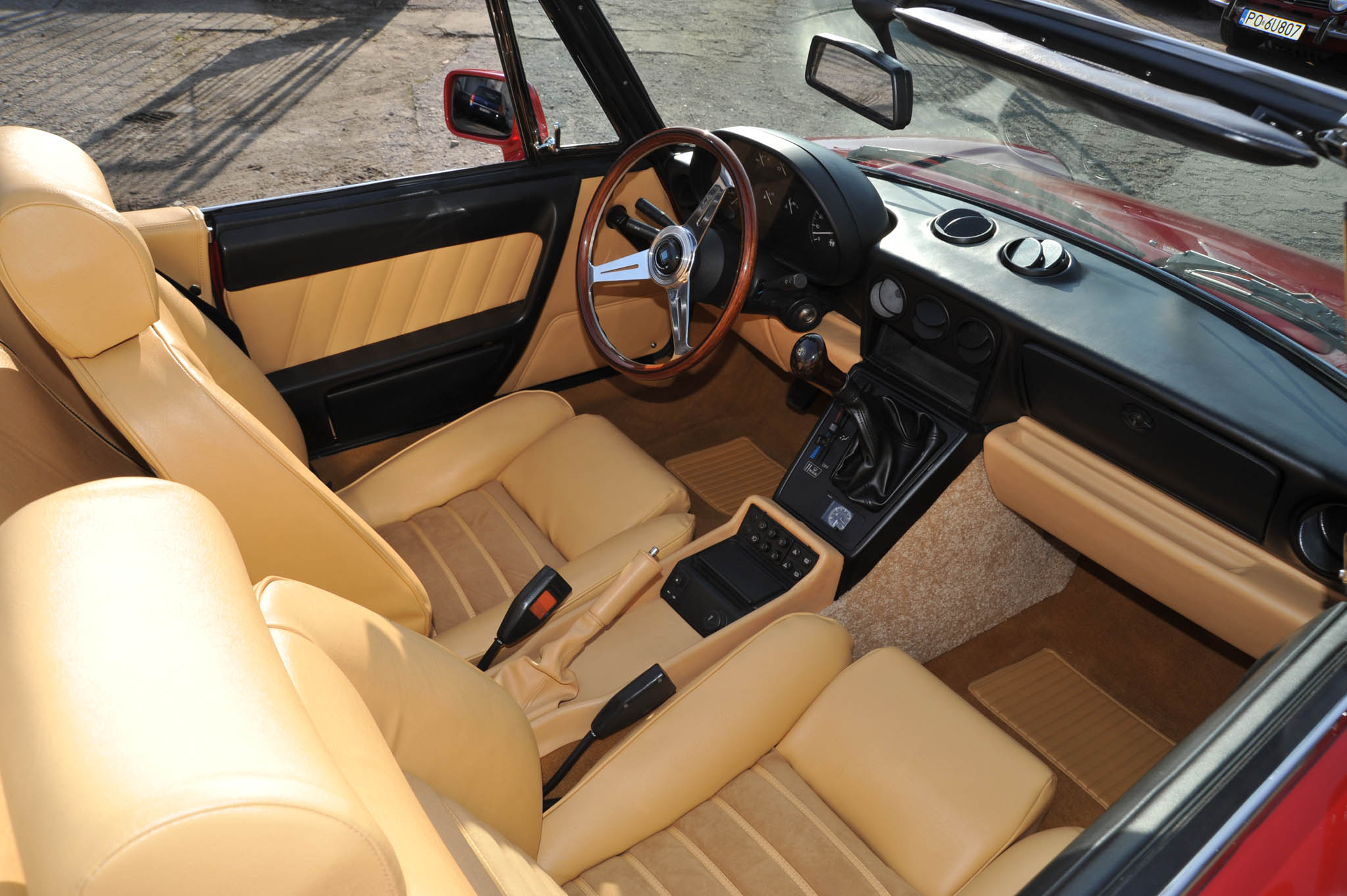 alfa romeo spider 06 Classic Car Restoration Center